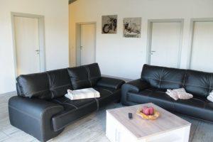 ferienhaus_deluxe_33_sofa